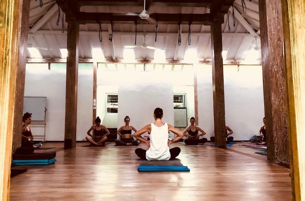 Prof de yoga ou Etre Suprême