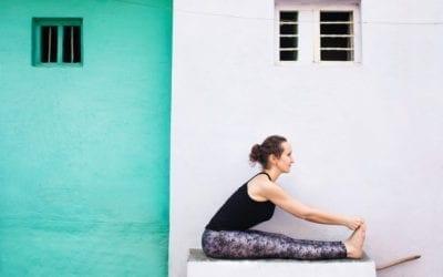 Allonger le dos en yoga